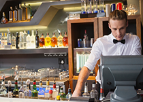 Why your bar needs cash management technology
